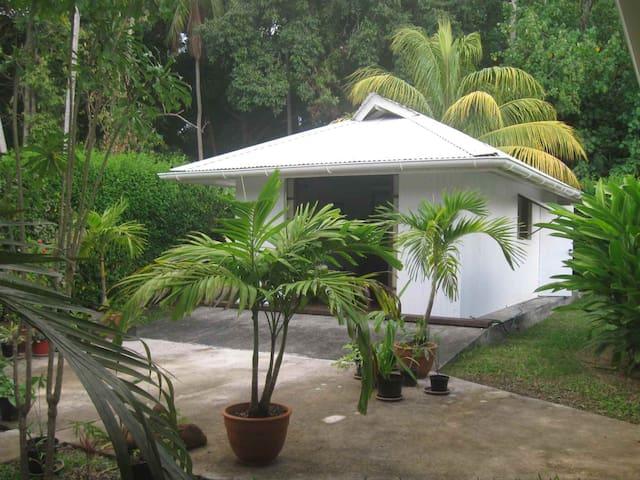 Moorea Fare avec piscine - Pihaena - Blockhütte
