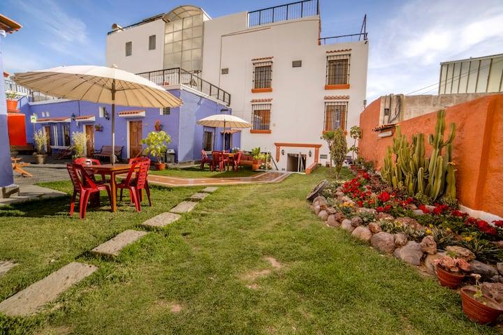 Habitación privada,desayuno,terraza,jardín
