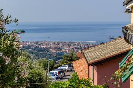 SHANTI OASI DI PACE in LEIVI  - San Bartolomeo - Villa