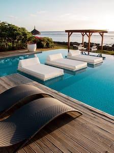 Leora Beach Suite by Dream Escapes - Tamarin