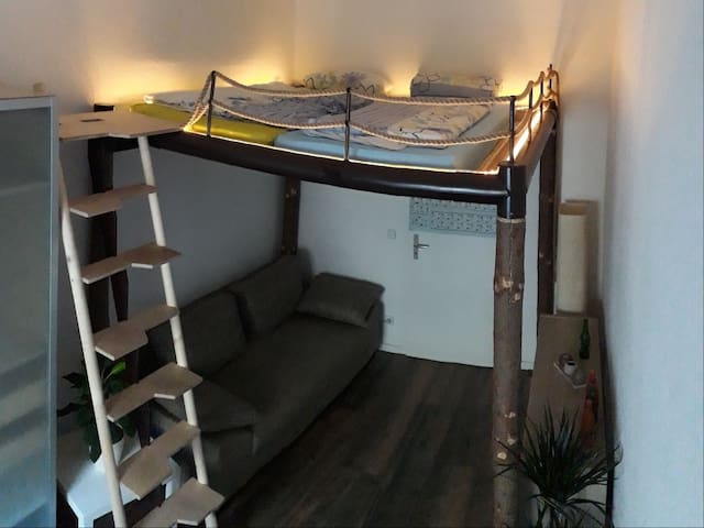 Your mezzanine bed (1,8m x 2m)