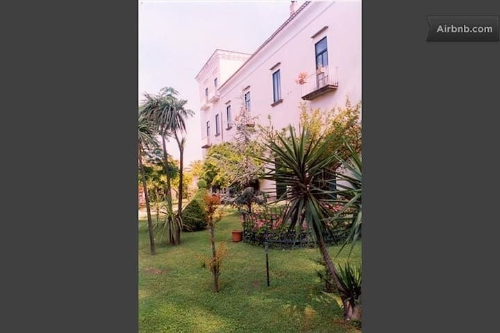 Cimitile (Napoli)- appartamento in Villa d'Epoca - Cimitile - Apartemen