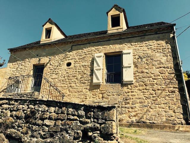 LA MAISON DU PORT - Groléjac - Rumah