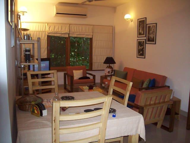 Modern 3 bed at vasant kunj - Nova Délhi - Apartamento