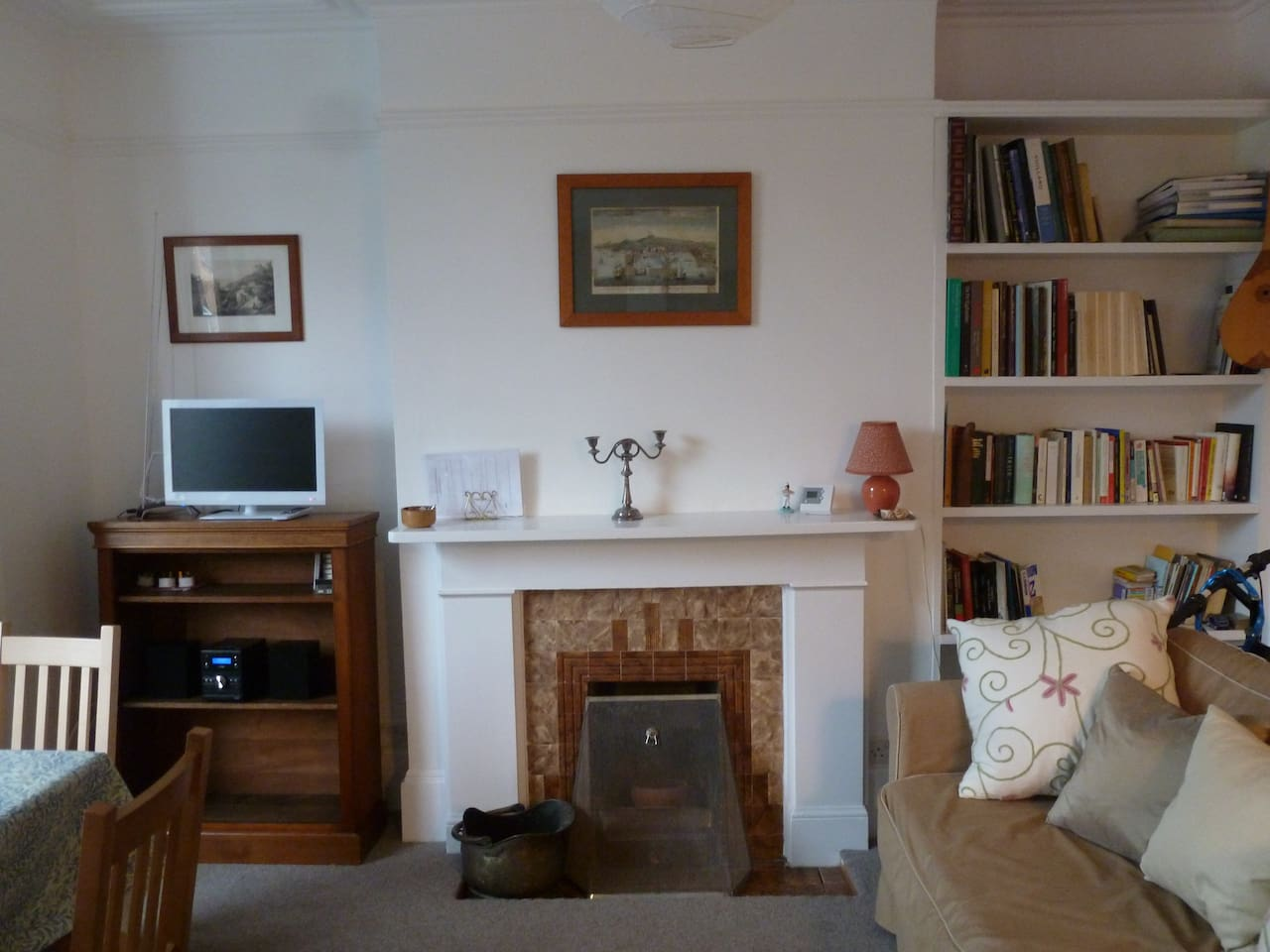 Living/dining room with double sofa bed, TV,  HI-FI and WI-FI