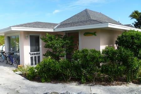 2 BD Villas on White Sand Beach - Treasure Cay