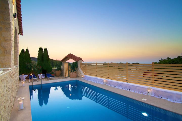Villa Elena, a luxury touch!