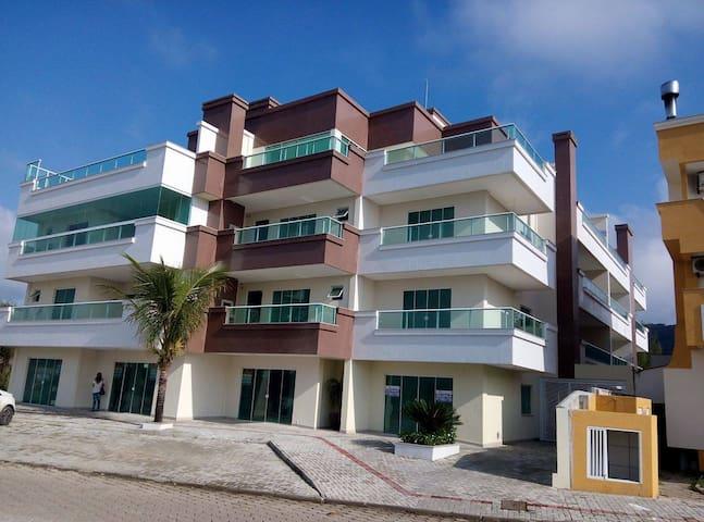 Apartamento 02 quartos em Mariscal - Bombinhas - Bombinhas - Apartment