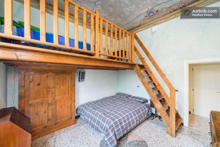 QUADRUPLE ROOM ( family room )