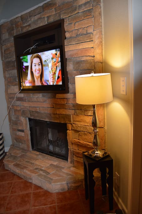 Beautiful fireplace and tv. Television has chromecast if you have your own login.