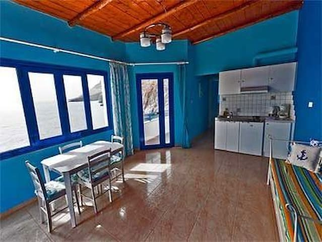Great sea-view apartment for you! - Chania - Byt