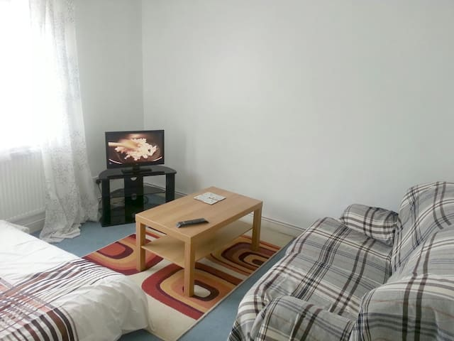 Superb Double Room In Fulham SW6 - London - Flat
