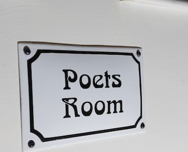 Poets' Room in the Old Cider House - Nether Stowey