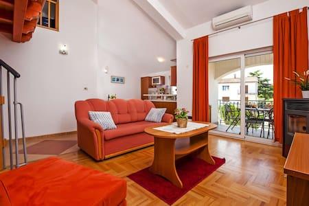 Apartman Sandra AP- B4+2