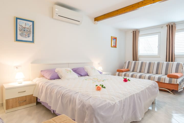 Spacious King size double bed