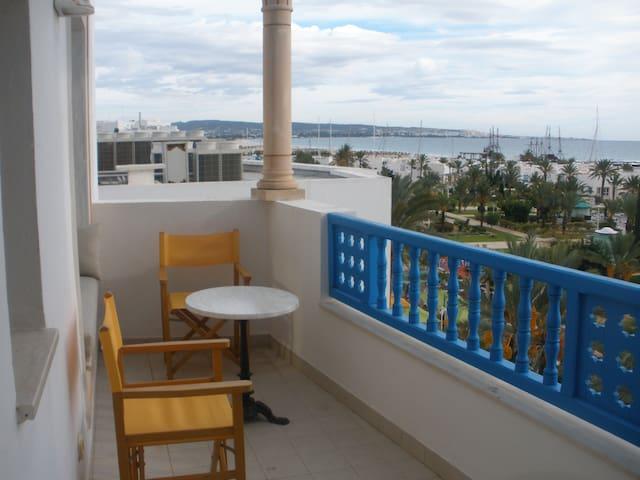 Panorama unique depuis un 2-pièces - Yasmine Hammamet - Apartamento