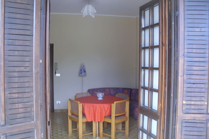 Two-room very comfortable and quiet - Caraglio - Apartamento