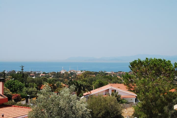 Double room for beach holidays. - Quartu Sant'Elena - Casa de camp
