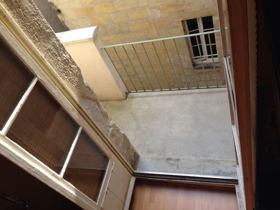 Studio quartier triangle d 39 or appartements louer for Appartement bordeaux triangle d or
