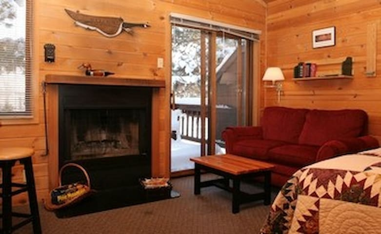 Sweet Little Winthrop Cabin #5 with Fireplace - Winthrop