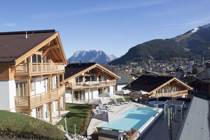 CHALET LUXUS 4 bedrooms, private sauna