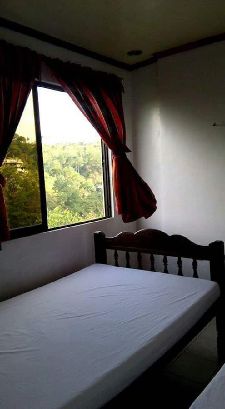 (ROOM 3) BAGUIO COUNTRY REST HOUSE