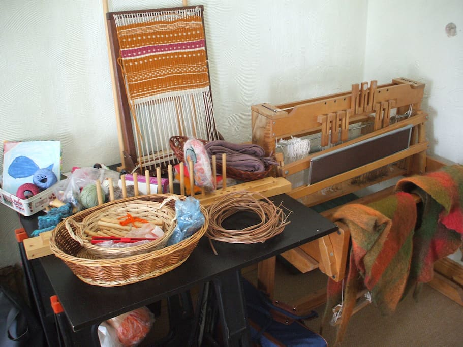 Hand Looms