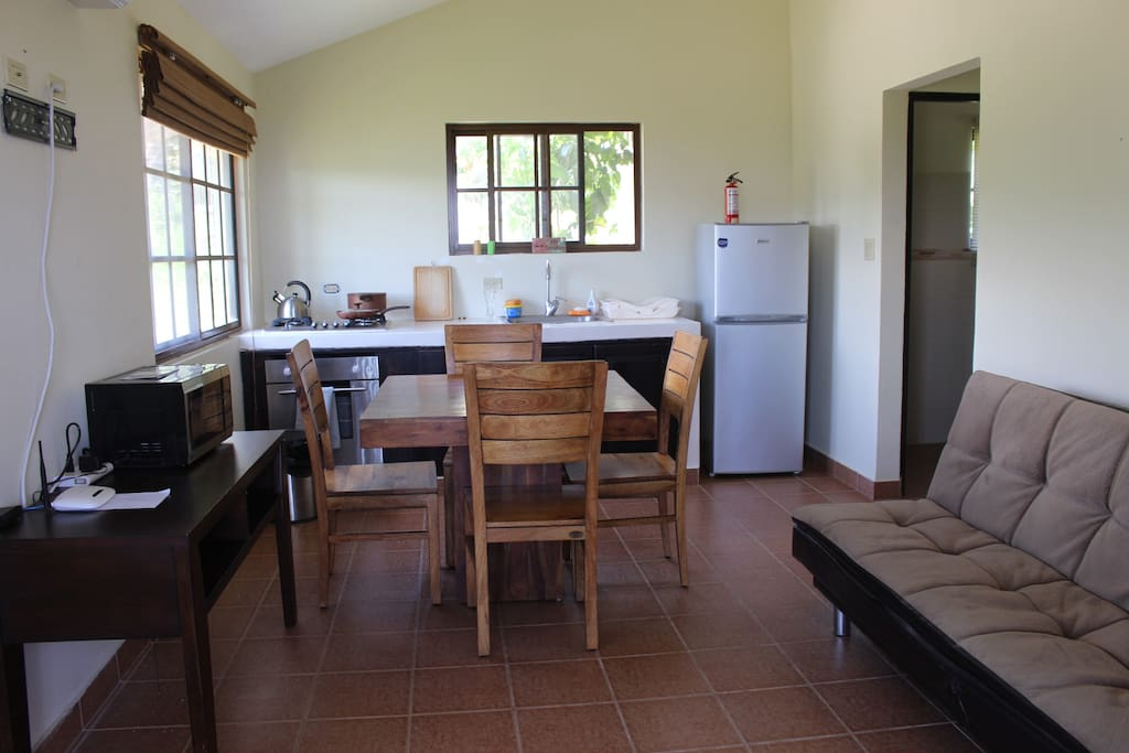 Kitchen and breakfast table so you can feel like home