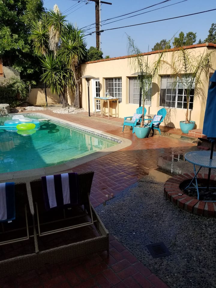 CHARMING AND BEAUTIFUL PRIVATE GUEST HOUSE &  POOL