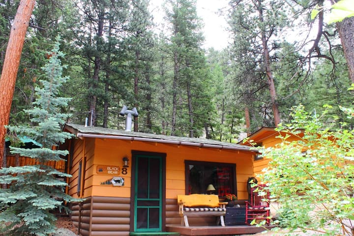 The Black Bear Cabin @ Pine Haven Resort