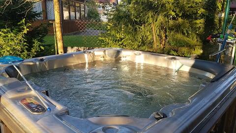 Panoramic chalet + jacuzzi + sauna Radisson style