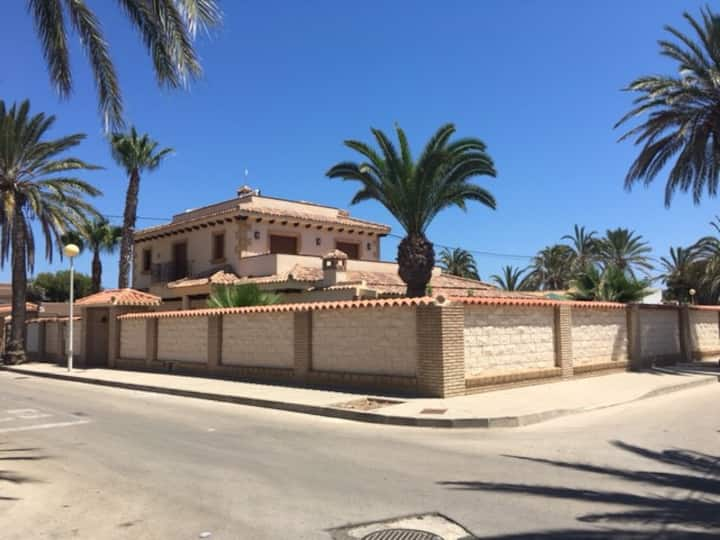 Calle Granizo , Cabo Roig , 03819 Orihuela Costa