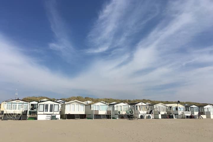 Lovely beach house beach cottage IJmuiden