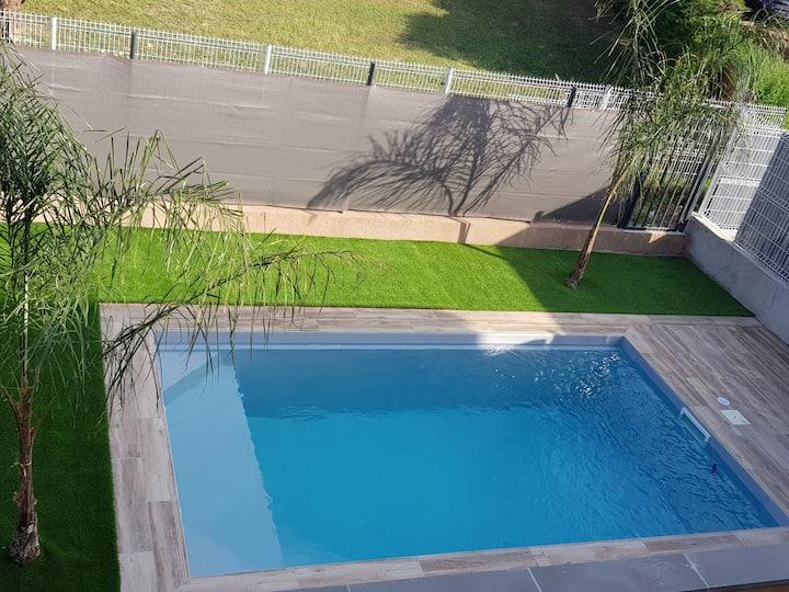Villa neuve standing piscine