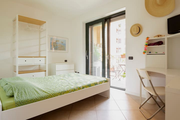 Bright and comfortable flat near Navigli