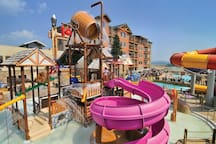 Great Smokies Lodge resort with Water Park!