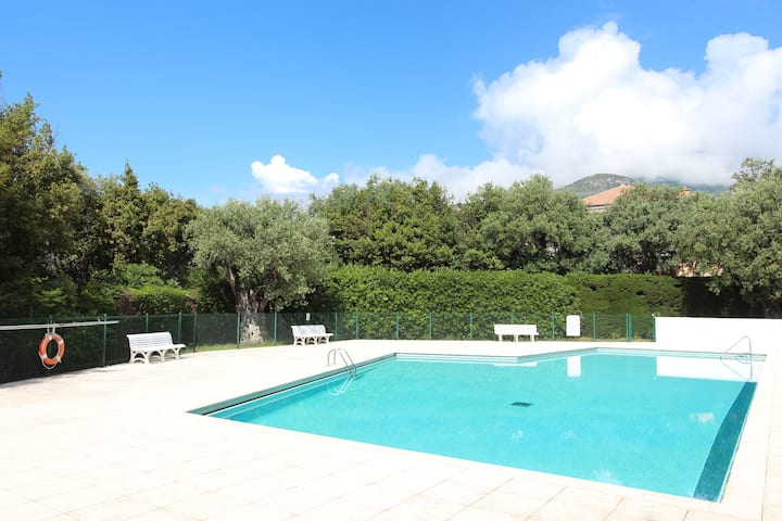 Lovely One bedroom, Pool, Garden and Parking #17