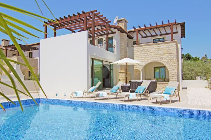 Angela - luxury sunny 3 bedroom - Ayia Napa - House