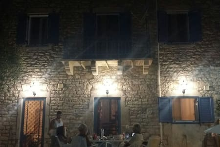 house made of stone in paradise - Κάλαμος - 独立屋