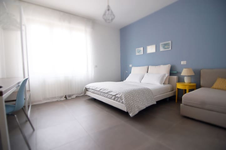 Pastel Blue Room, Legnano Milan Fair