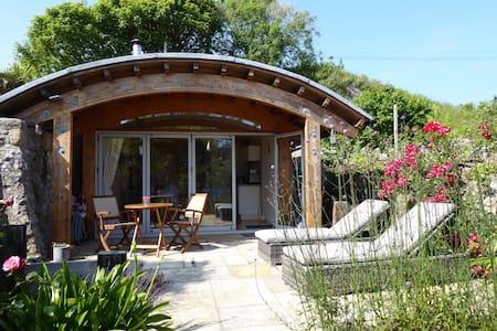 Manorbier- Unique Eco Coastal Cabin with Garden.