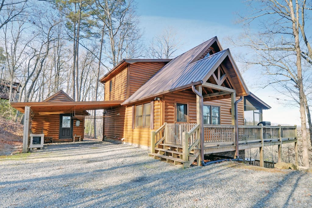 Mountain song cabins for rent in blue ridge georgia for Rent a cabin in georgia mountains