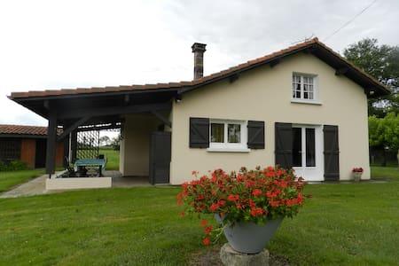 Maison à la campagne - Saint martin d'oney