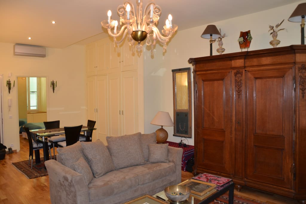 Lovely large living room and dining area with sofa bed for 3/4th guest