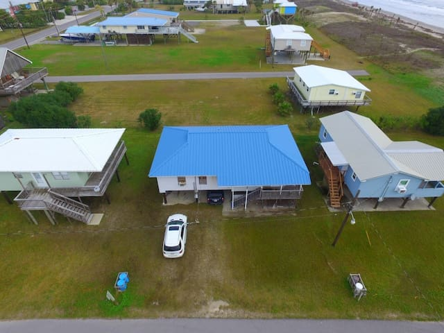 A Basket of Crabs is Beachside, 3 bedrm. 2 bath in Grand Isle - Grand Isle - Apartment