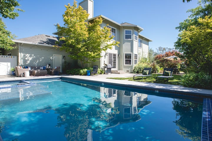 Wine Country 4Bd Paradise w/Pool by Sonoma Square