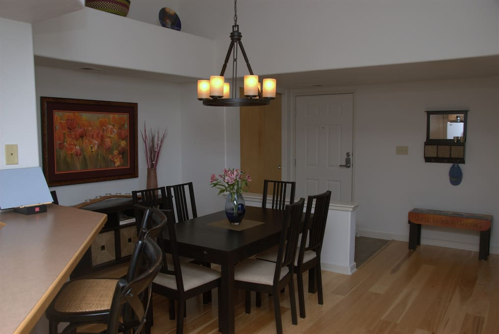 Dining Room with expandable table
