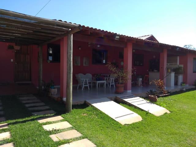 Casa em um dos bairros mais tranquilos de Bonito!