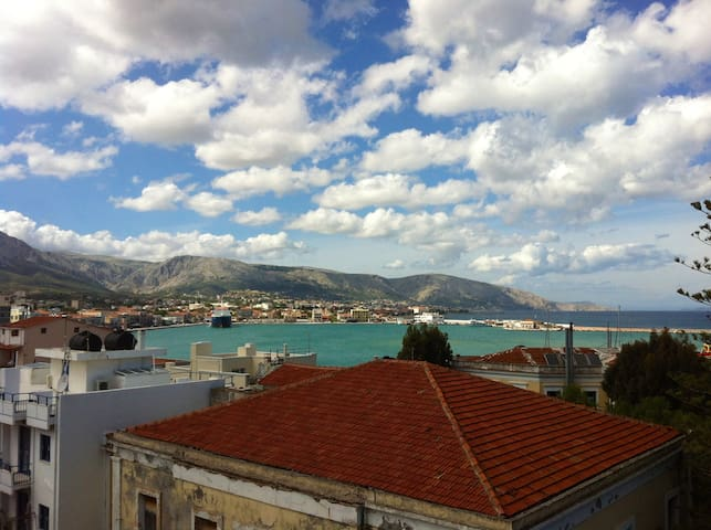 Cheap and clean apartment! - Chios - Appartement