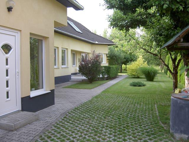 Privatzimmer 3 im Ferienhaus-Donau  - Kimle - Bed & Breakfast